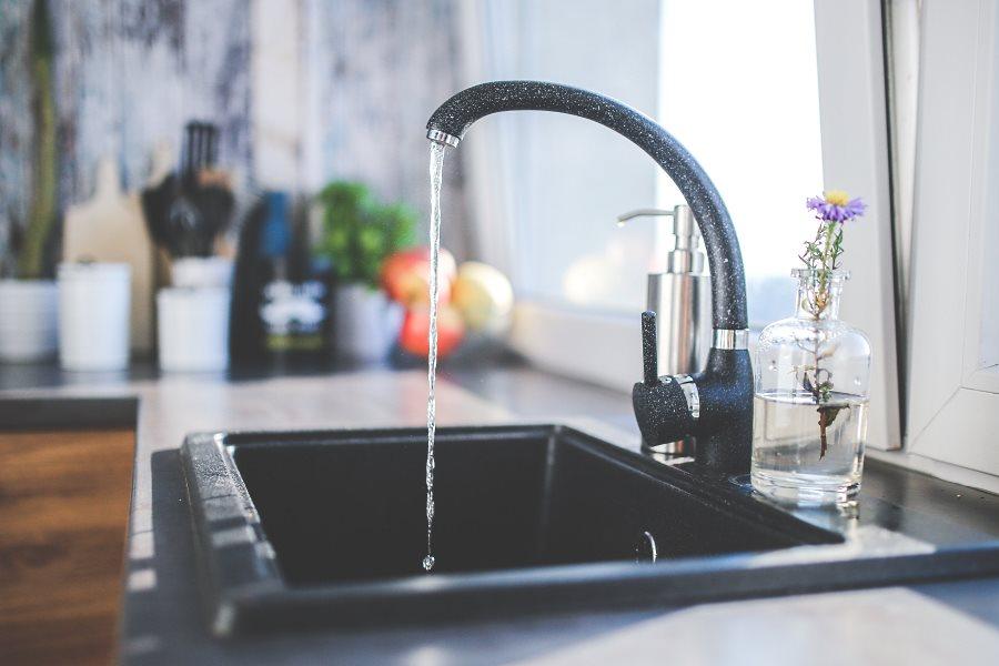 Fermer le robinet d'eau